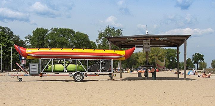 Bananenbootverleih am Haffbad in Ueckermünde